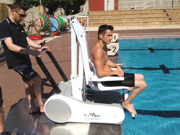 Βοήθημα Πισίνας Autolift
